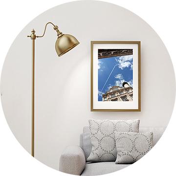 Fotodrucke auf Kunstpapier von Golenkova-Ferrero